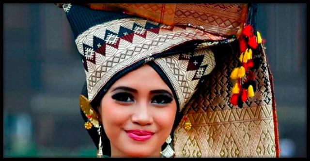 Индонезийское племя, где мужчины нужны только для размножения и работы